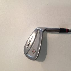 Hogan 7 iron